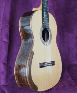 John Price luthier guitare classique Epicéa