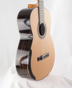 Kim Lissarrague luthier guitare classique No 19LIS328-06